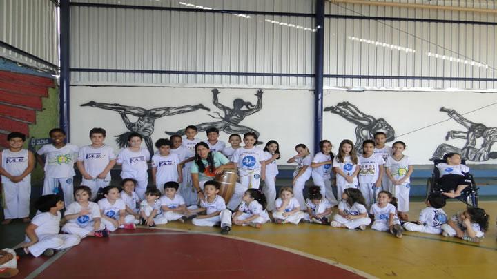 Aula de Capoeira – Professora Núbia