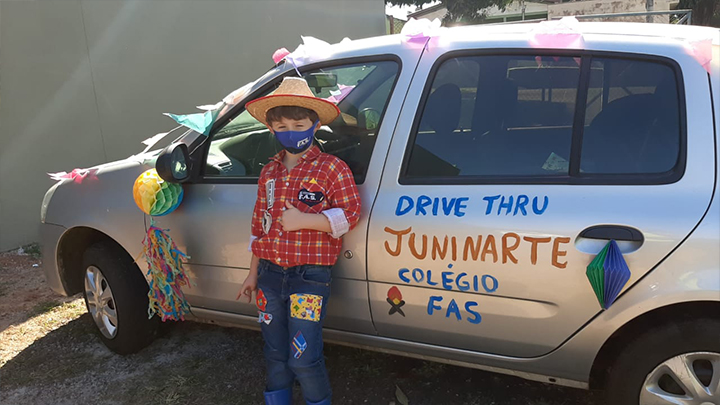 DRIVE THRU E PROGRAMAÇÃO ESPECIAL DO JUNINARTE